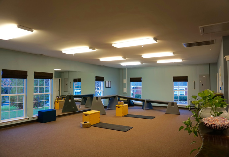 Photo of the therapy facilities and equipment at the Egoscue clinic in Nashville, Tennessee