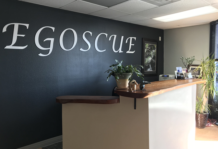 Photo of the reception area front desk at the Egoscue clinic in Orange County, California