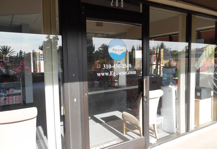 Photo of the front door of the Egoscue clinic in Santa Monica, California